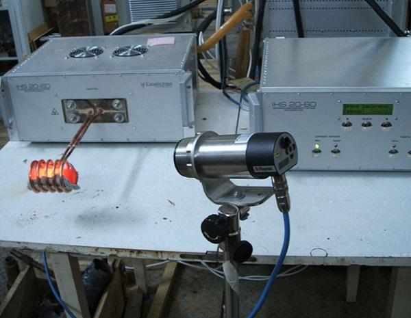Применение стационарного пирометра.